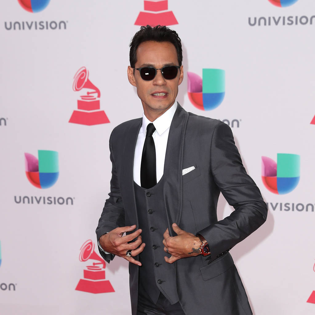 Marc Anthony moves on with new model following divorce  - report