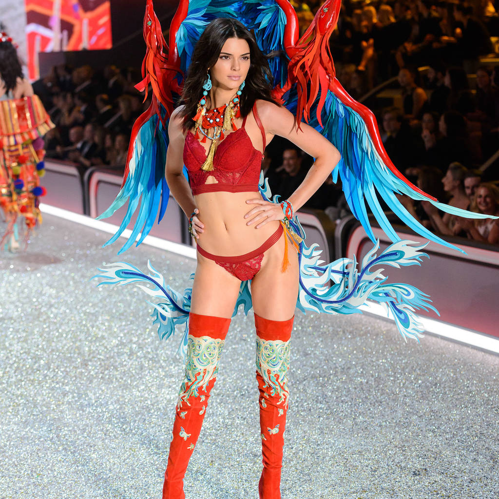 Victoria's Secret models wow in annual fashion show