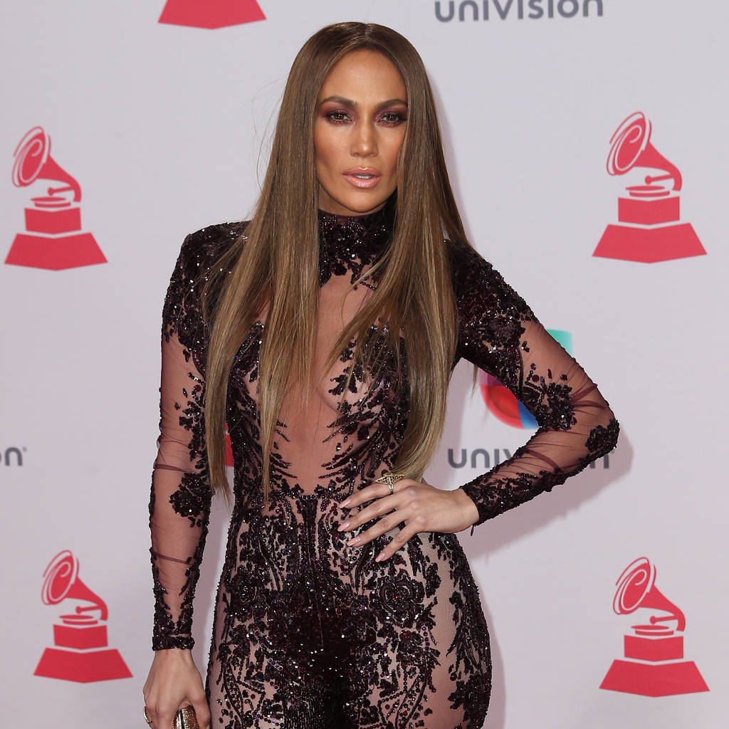 Jennifer Lopez sports black eye after TV shoot mishap